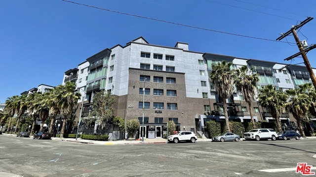 2 Bedrooms, Arts District Rental in Los Angeles, CA for $3,300 - Photo 1