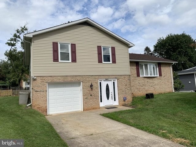 4 Bedrooms, Cockeysville Rental in Baltimore, MD for $3,000 - Photo 1