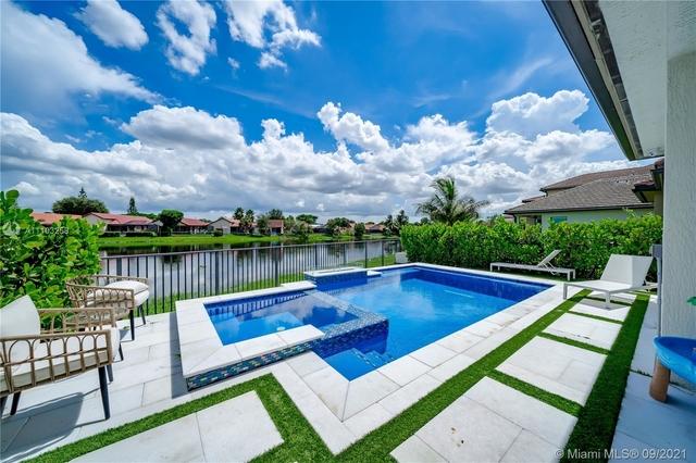 3 Bedrooms, Pembroke Lakes South Rental in Miami, FL for $5,500 - Photo 1
