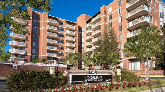 2 Bedrooms, Bethesda Rental in Washington, DC for $2,994 - Photo 1