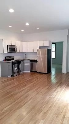 4 Bedrooms, Flatbush Rental in NYC for $2,825 - Photo 1