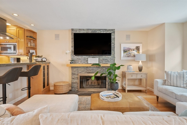 2 Bedrooms, Hermosa Beach Rental in Los Angeles, CA for $7,500 - Photo 1