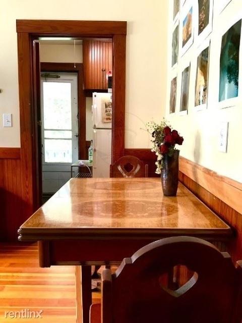 3 Bedrooms, East Arlington Rental in Boston, MA for $3,000 - Photo 1