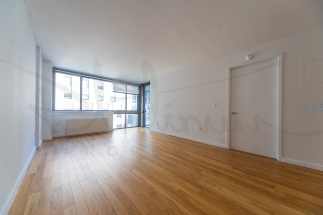 2 Bedrooms, Financial District Rental in NYC for $6,199 - Photo 1
