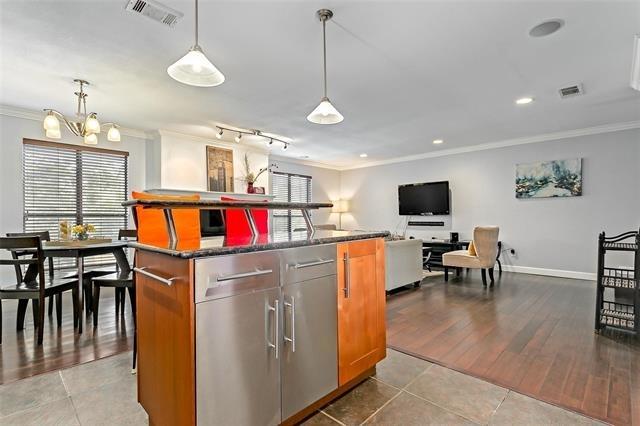 2 Bedrooms, Northwest Dallas Rental in Dallas for $2,400 - Photo 1