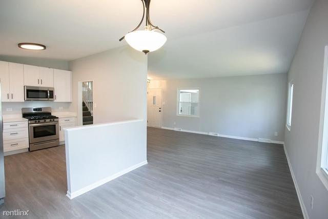 3 Bedrooms, Bloom Rental in  for $1,000 - Photo 1