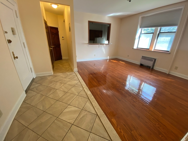 2 Bedrooms, Flatbush Rental in NYC for $2,275 - Photo 1