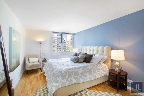 2 Bedrooms, Battery Park City Rental in NYC for $6,110 - Photo 1