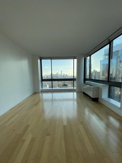 1 Bedroom, Koreatown Rental in NYC for $4,495 - Photo 1