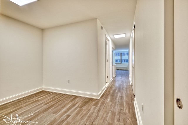 Studio, Financial District Rental in NYC for $3,008 - Photo 1