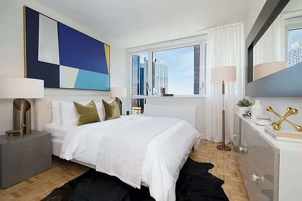 1 Bedroom, Long Island City Rental in NYC for $3,533 - Photo 1