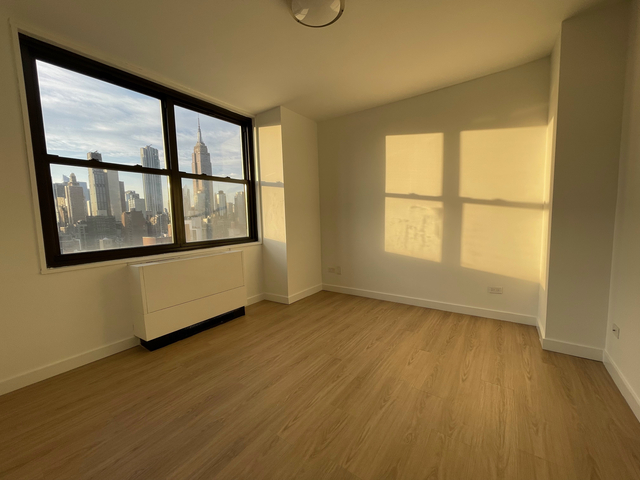 3 Bedrooms, Rose Hill Rental in NYC for $6,125 - Photo 1