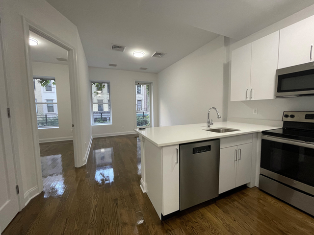 3 Bedrooms, Lenox Hill Rental in NYC for $5,800 - Photo 1