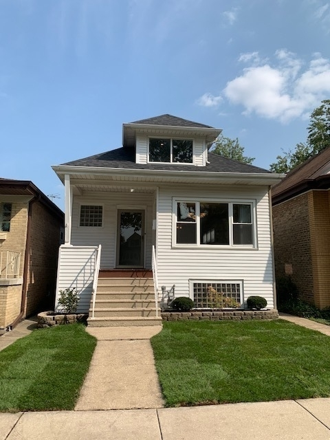 4 Bedrooms, Portage Park Rental in Chicago, IL for $2,750 - Photo 1