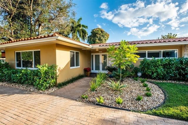 6 Bedrooms, Spanish Court Rental in Miami, FL for $10,000 - Photo 1