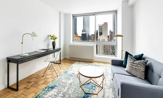 2 Bedrooms, Hell's Kitchen Rental in NYC for $4,210 - Photo 1