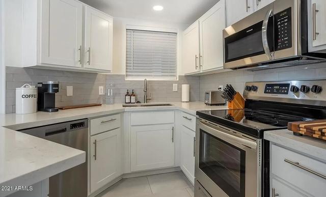 2 Bedrooms, La Camarilla Villas Condominiums Rental in Phoenix, AZ for $2,750 - Photo 1