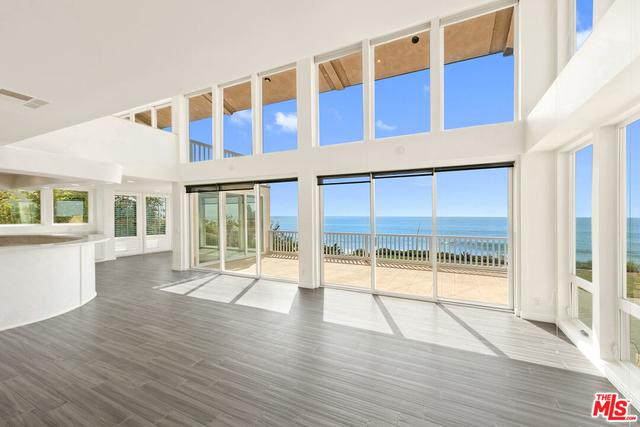 4 Bedrooms, Ventura Rental in  for $14,750 - Photo 1