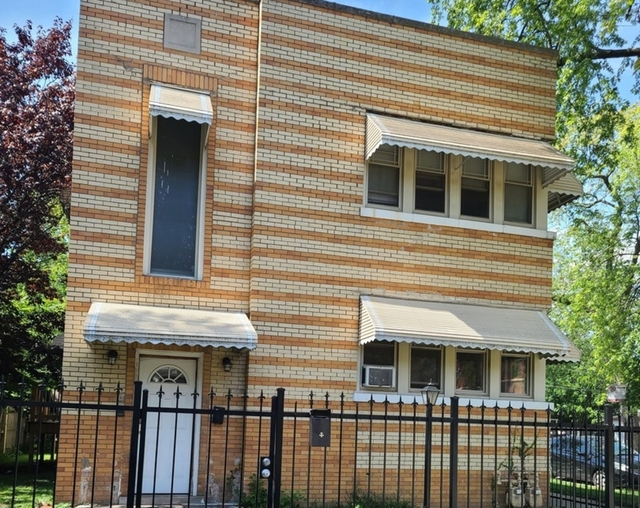 2 Bedrooms, Back of the Yards Rental in Chicago, IL for $1,250 - Photo 1