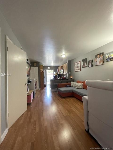 2 Bedrooms, Silver Bluff Estates Rental in Miami, FL for $2,100 - Photo 1