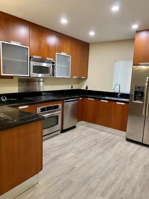 3 Bedrooms, Comfort Gardens Rental in Miami, FL for $2,950 - Photo 1