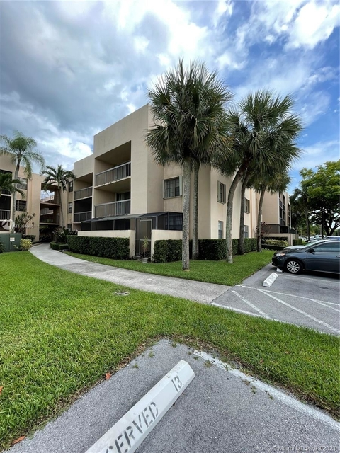 2 Bedrooms, Carriage Hills Rental in Miami, FL for $2,100 - Photo 1