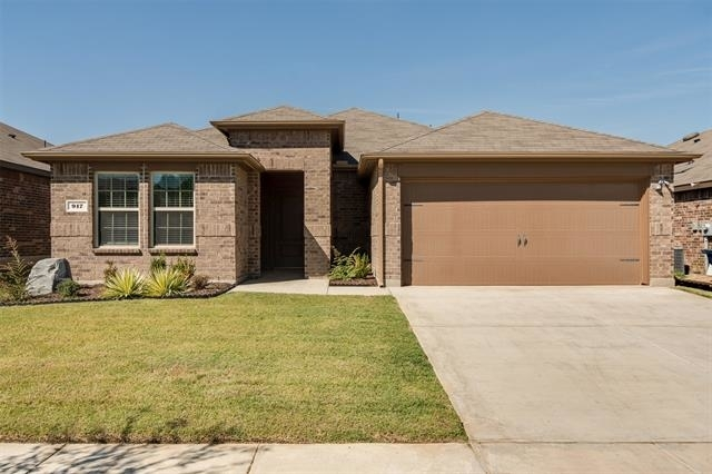 3 Bedrooms, Denton Rental in Denton-Lewisville, TX for $2,100 - Photo 1