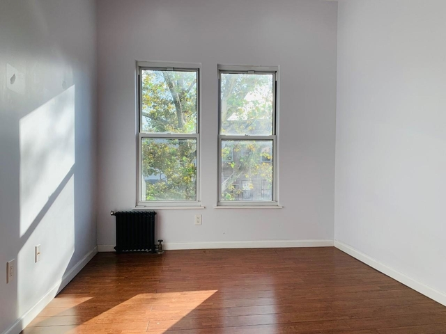 2 Bedrooms, Kensington Rental in NYC for $1,995 - Photo 1