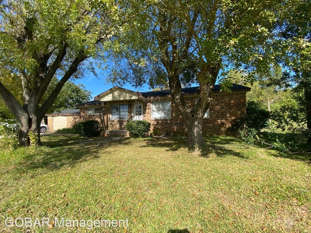 4 Bedrooms, Lakeview Rental in Houston for $1,595 - Photo 1