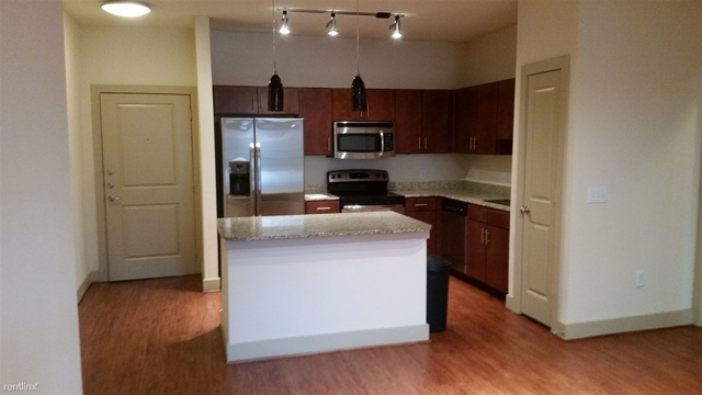 2 Bedrooms, Neartown - Montrose Rental in Houston for $1,910 - Photo 1