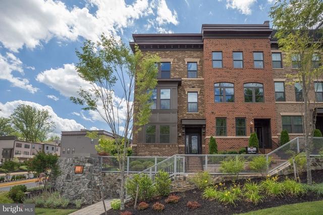 4 Bedrooms, Merrifield Rental in Washington, DC for $4,300 - Photo 1