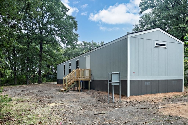 3 Bedrooms, Cedar Creek Lake Rental in Athens, TX for $1,300 - Photo 1