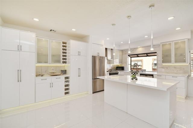 3 Bedrooms, Woodland Hills-Warner Center Rental in Los Angeles, CA for $6,000 - Photo 1