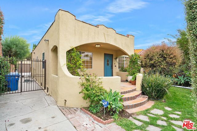 3 Bedrooms, Picfair Village Rental in Los Angeles, CA for $4,500 - Photo 1