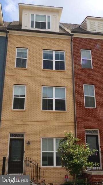 3 Bedrooms, Wheaton - Glenmont Rental in Washington, DC for $2,950 - Photo 1