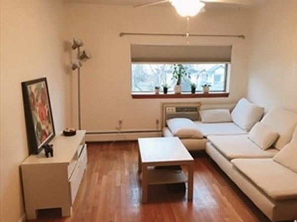 2 Bedrooms, South Side Rental in Boston, MA for $1,950 - Photo 1
