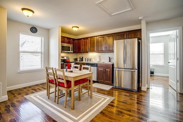 1 Bedroom, North Arlington Rental in Dallas for $1,800 - Photo 1