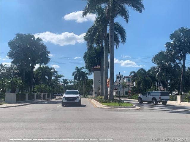 3 Bedrooms, Somerset Village Rental in Miami, FL for $2,800 - Photo 1