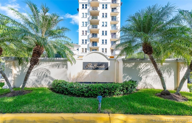 2 Bedrooms, Kendall Rental in Miami, FL for $2,500 - Photo 1