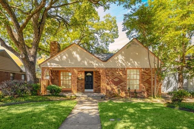 3 Bedrooms, L. O. Daniel Rental in Dallas for $2,600 - Photo 1