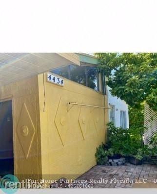 3 Bedrooms, Kings Gardens Rental in Miami, FL for $2,050 - Photo 1