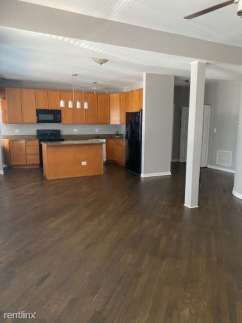 2 Bedrooms, South Shore Rental in Chicago, IL for $1,495 - Photo 1