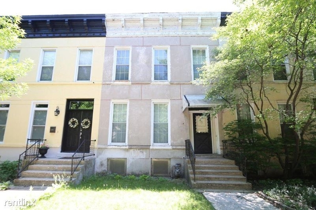 3 Bedrooms, Tri-Taylor Rental in Chicago, IL for $2,250 - Photo 1