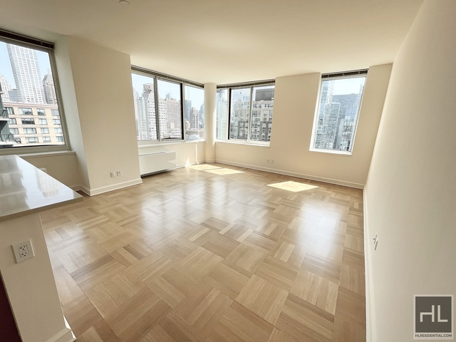 3 Bedrooms, Lincoln Square Rental in NYC for $13,610 - Photo 1