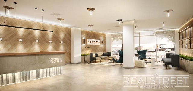 Studio, Elmhurst Rental in NYC for $2,000 - Photo 1