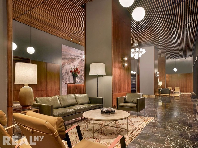 2 Bedrooms, Chelsea Rental in NYC for $8,810 - Photo 1