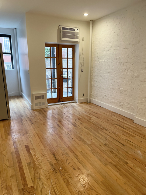 1 Bedroom, Yorkville Rental in NYC for $2,735 - Photo 1