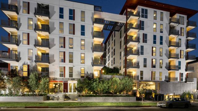 1 Bedroom, Wilshire Center - Koreatown Rental in Los Angeles, CA for $2,414 - Photo 1