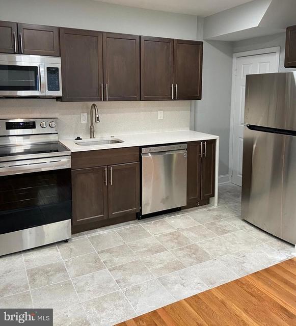 3 Bedrooms, Eastwick - Southwest Philadelphia Rental in Philadelphia, PA for $1,350 - Photo 1