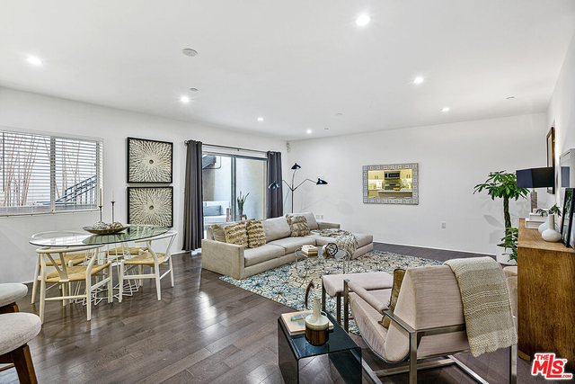 2 Bedrooms, Westside Rental in Los Angeles, CA for $4,250 - Photo 1
